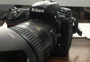 Nikon D300s Body + 18-200 Vr Ll Kit Lens